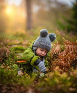 baby in winter clothing - what should babies wear